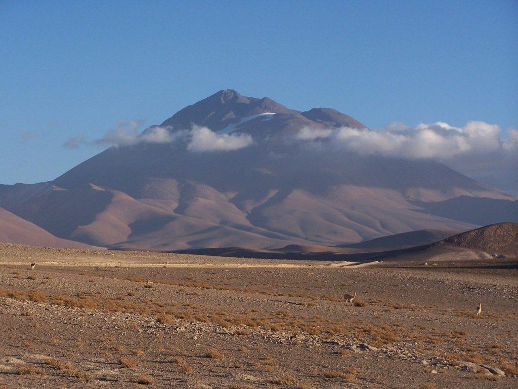 Monte Llullaillaco, Argentina-Foto Adam R, Pixabay